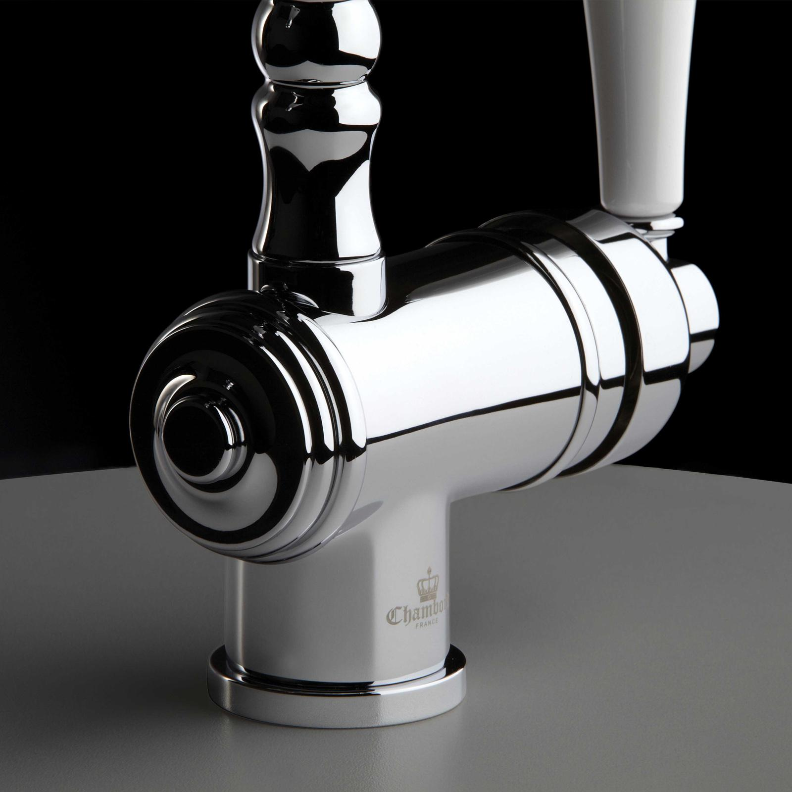 High-quality single lever tap Louise - pull out spray - Chrome - ambience 2