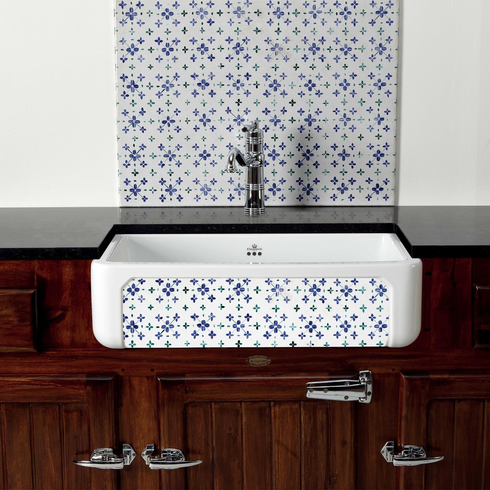 High-quality sink Henri II Bretagne - single bowl, decorated ceramic - ambience 1